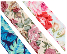 Load image into Gallery viewer, Beautiful floral printed 5ft Nylon Dog Leash