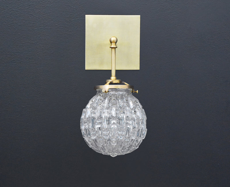 Brilliant Glass Globe Sconce | DSHOP