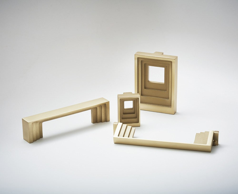 Step Hardware Collection in Brass | DSHOP