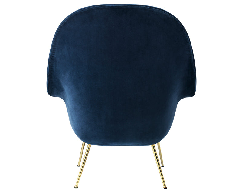 Curvaceous Lounge Chairs | DSHOP