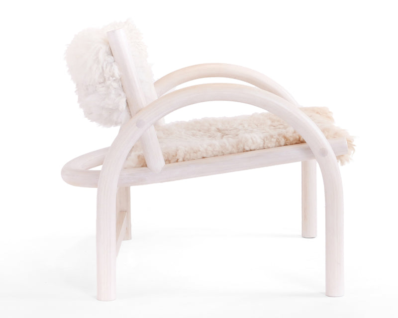 Shepherd's Chair - White Sheepskin | DSHOP