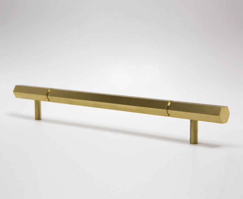 Facet-01L Handle (Long) - Satin Brass