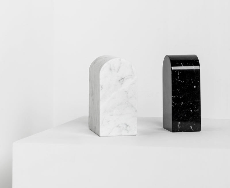 Triumph Bookends in Carrara & Marquina | DSHOP