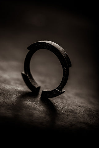 Stickii matte black ring II