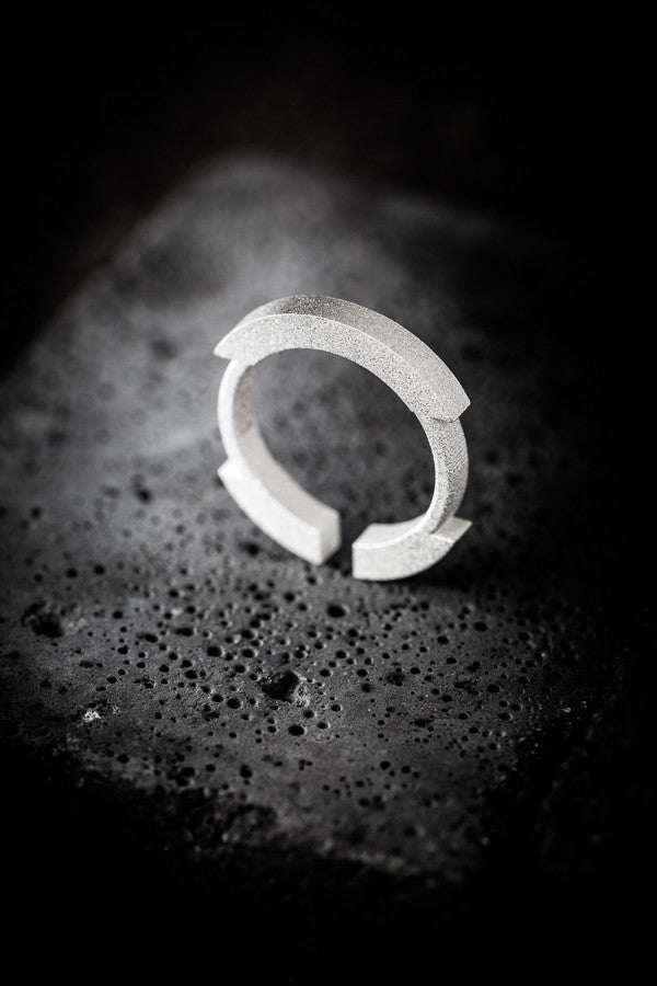 Stickii sandblasted silver ring II