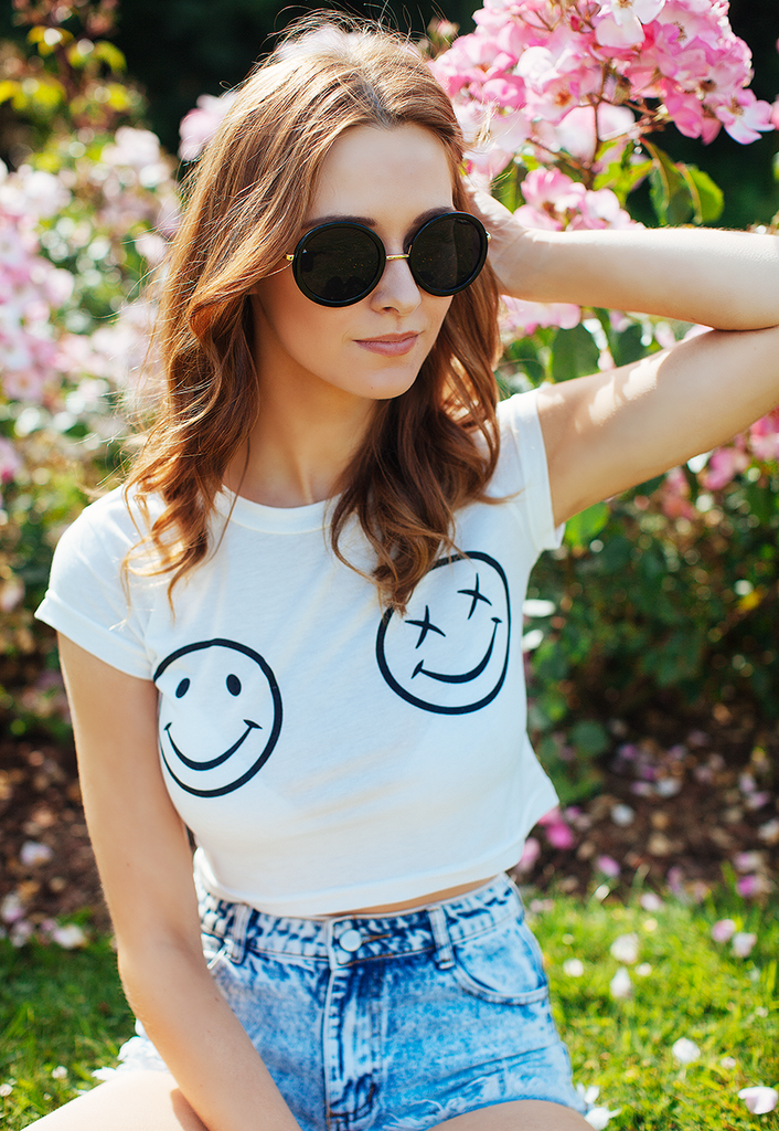 Crop Top Tee With Smiley Face Print (White)