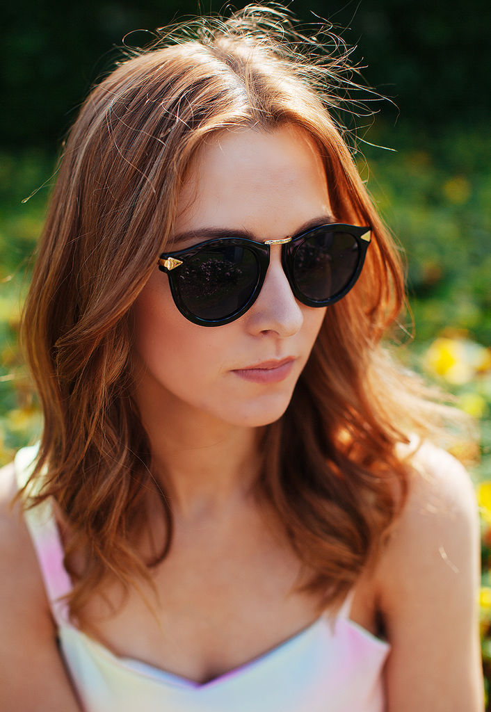 Retro Inspired Oversized Sunglasses