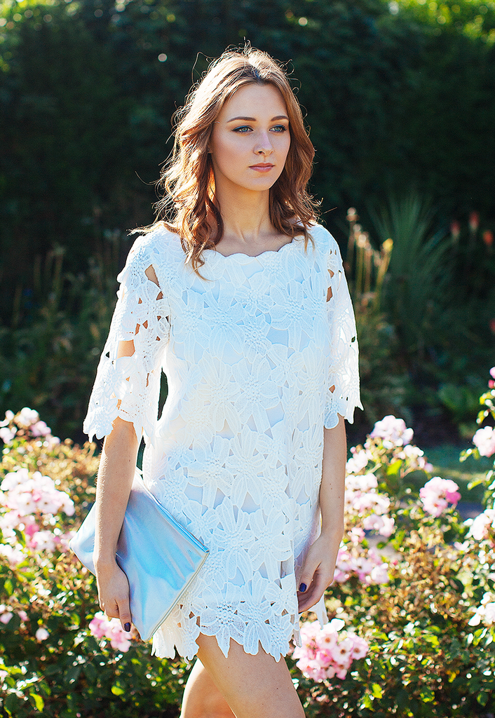 Shift Dress In Lace Cutwork (White)
