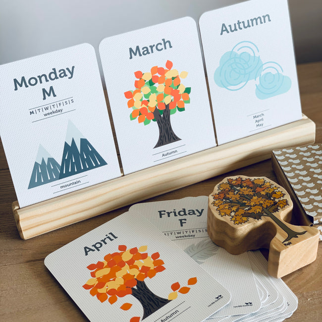 Wooden Flash Card Stand - 3 Cards