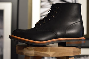 Oeben´s by Julian Imrie Railroad Boot Engine Black