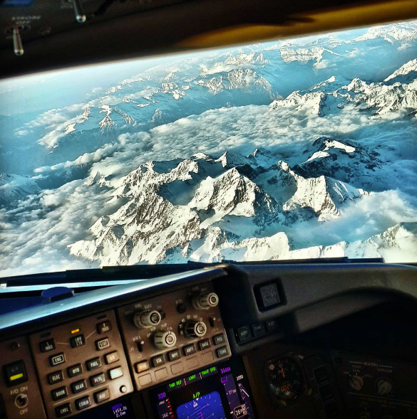 flyguy-flying-over-snow-mountains