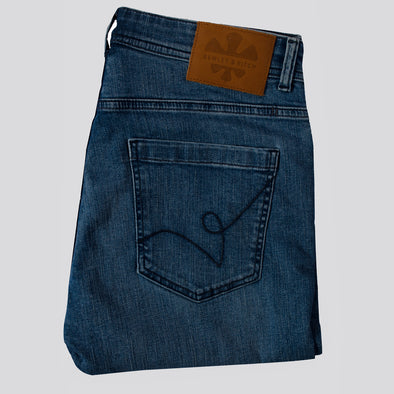 Slim Fit Denim Jeans With Stretch - HILTON - Light Wash Blue