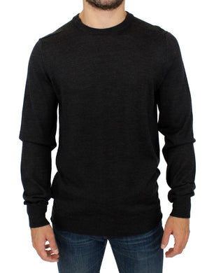 Gray crewneck pullover sweater