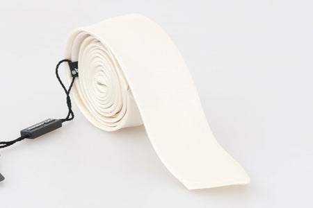 White Silk Solid Skinny Tie