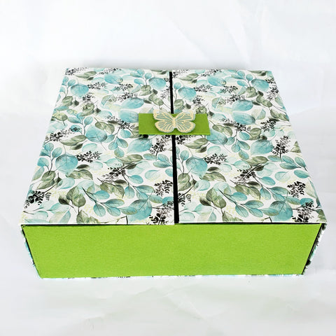 Green and Blue Bi-Fold Box