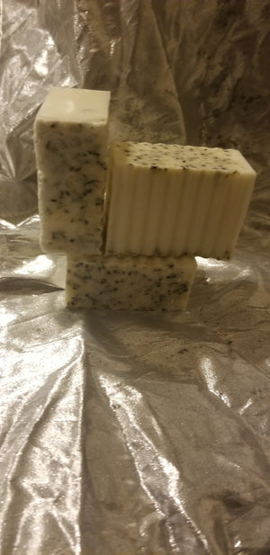 Load image into Gallery viewer, SHEA BUTTER AND HEMP SEED SCRUB BAR