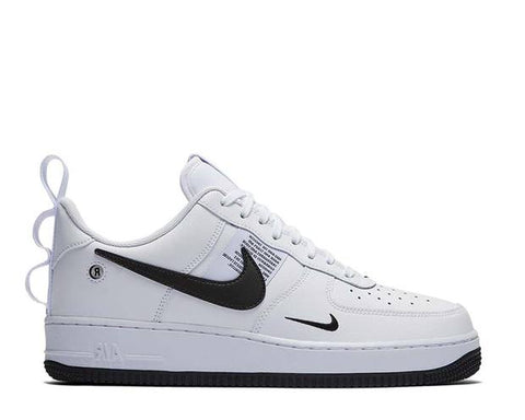 Scarpa Nike Air Force 1 '07 LV8 Utility White Black [Spedite dall'Italia in 24/48 ore] - Price One Shop