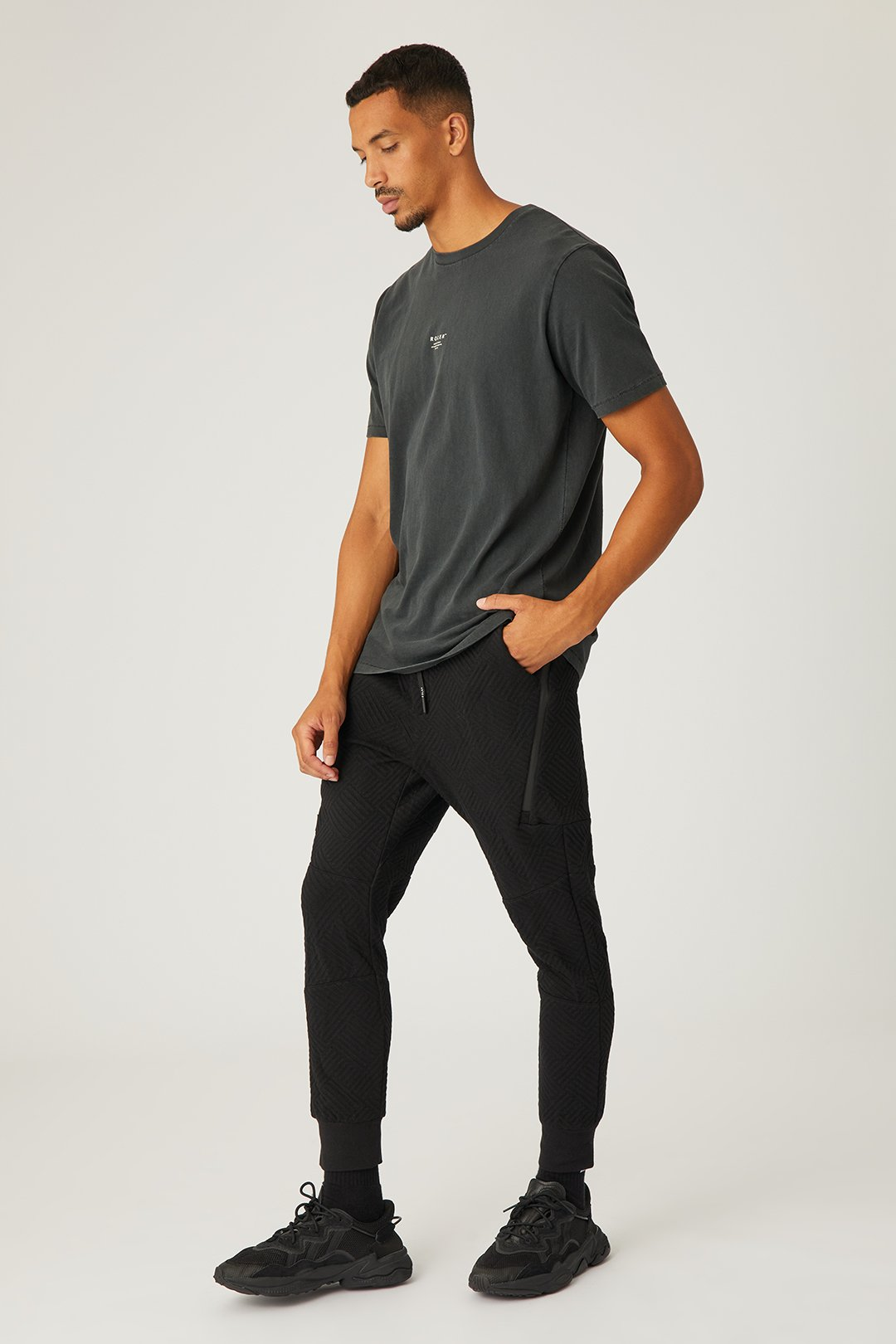The Lexington Trackie - Black