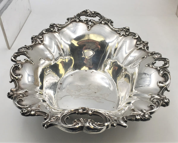 Wallace Sterling Silver Centerpiece / Fruit Bowl