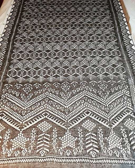 The Shetland Stars Rectangle Shawl ENG
