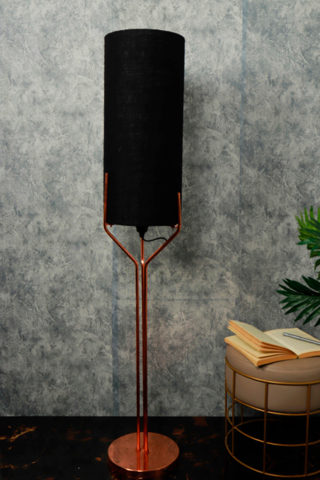 Veins Lamp Stand with Long Classic Black Lampshade