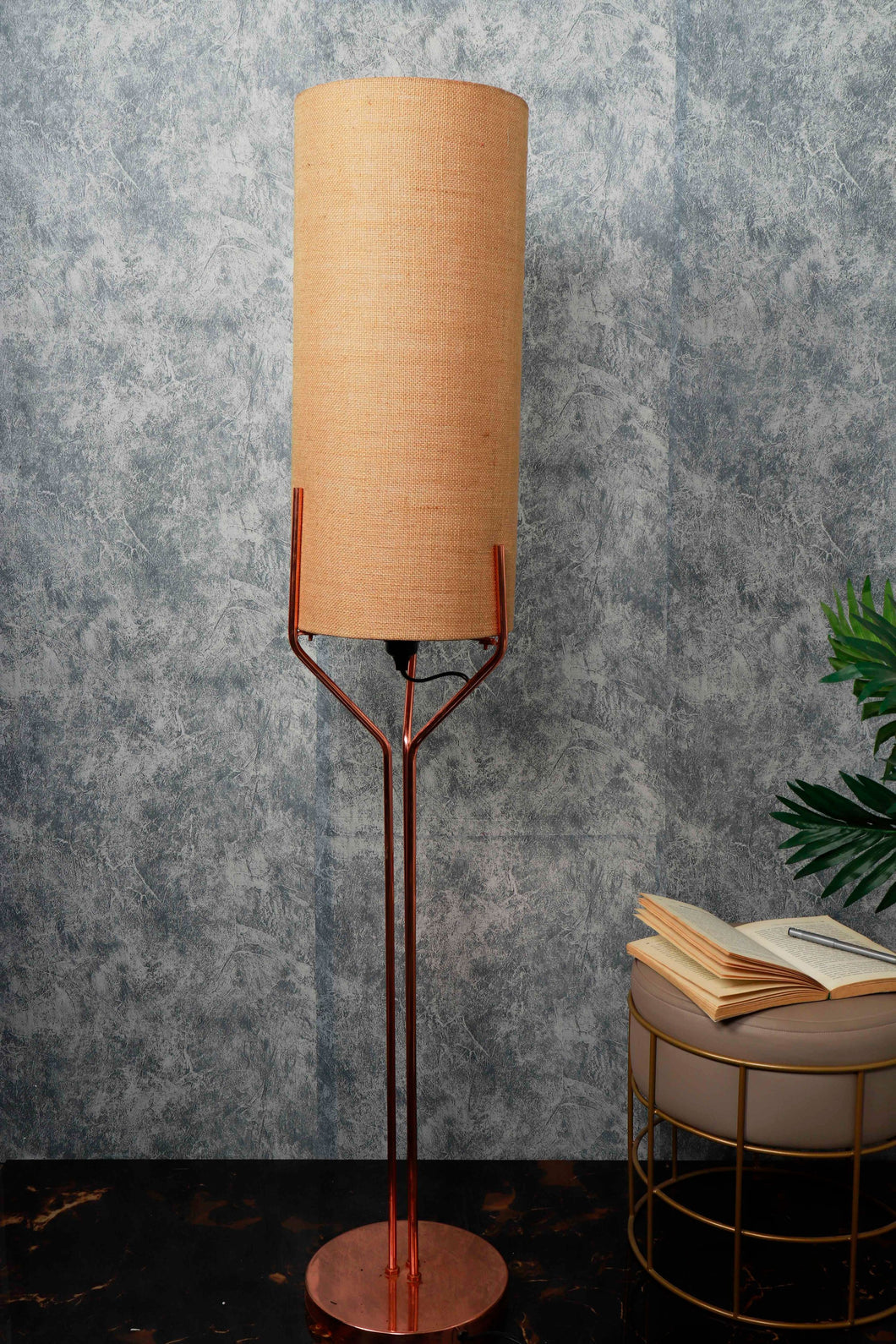 Veins Lamp Stand with Long Wheat Brown Lampshade