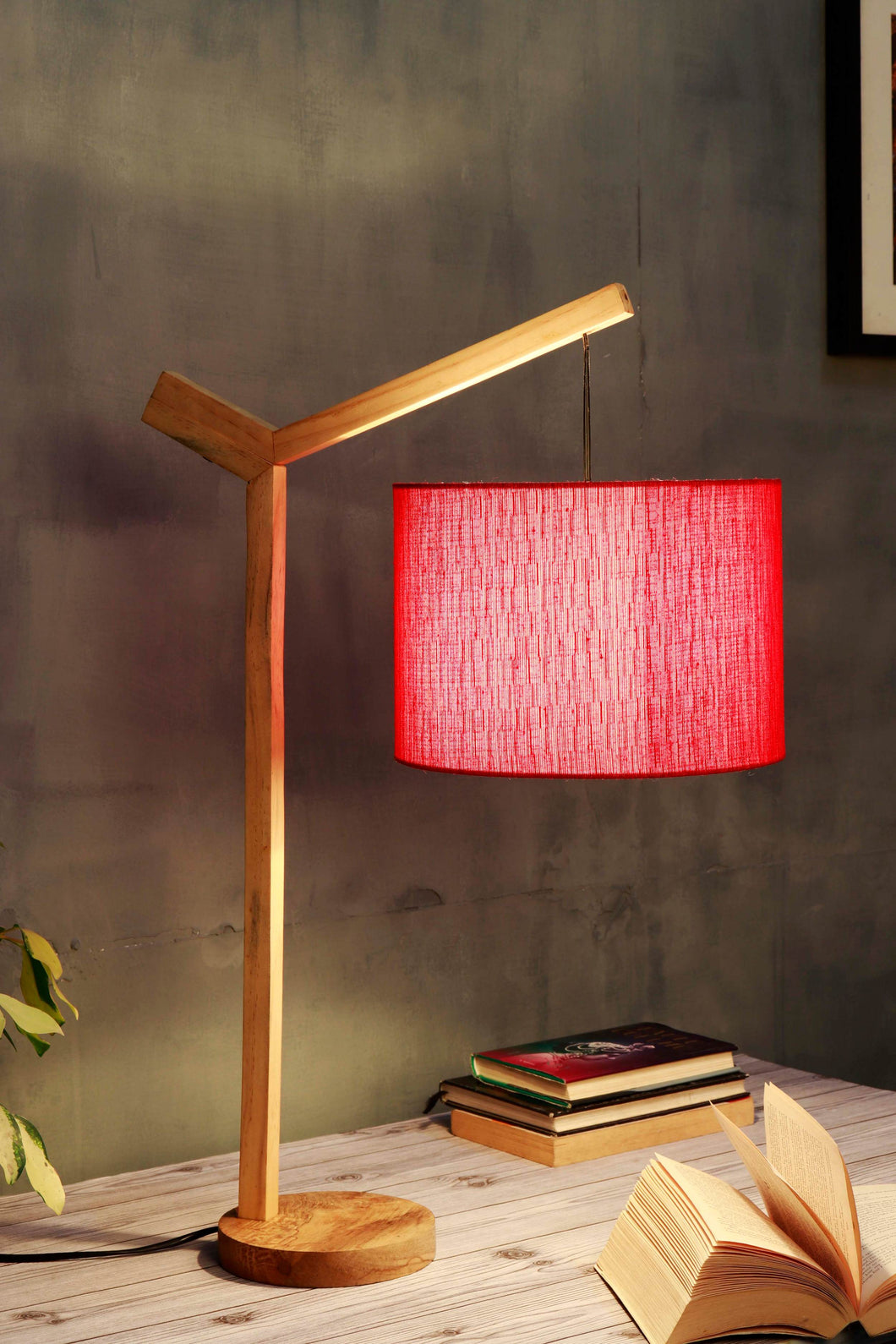 Small Ozzy Table Lamp with Round Red Lampshade