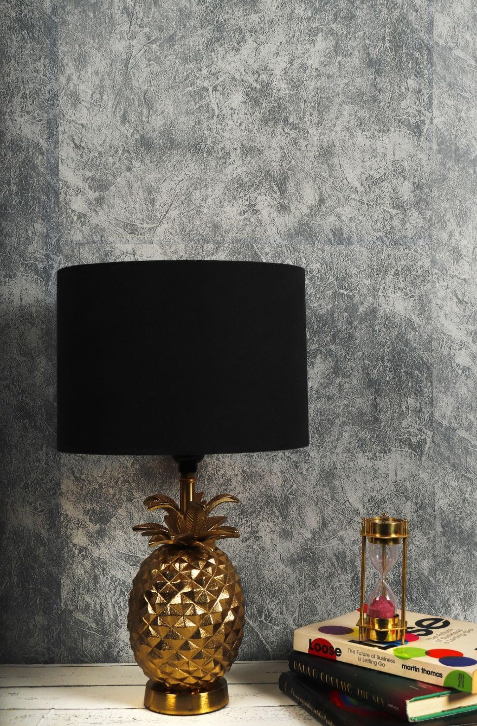 Tropical Table Lamp with 4 [BLACK, RED, GREY, GREEN VELVET] Round Shade