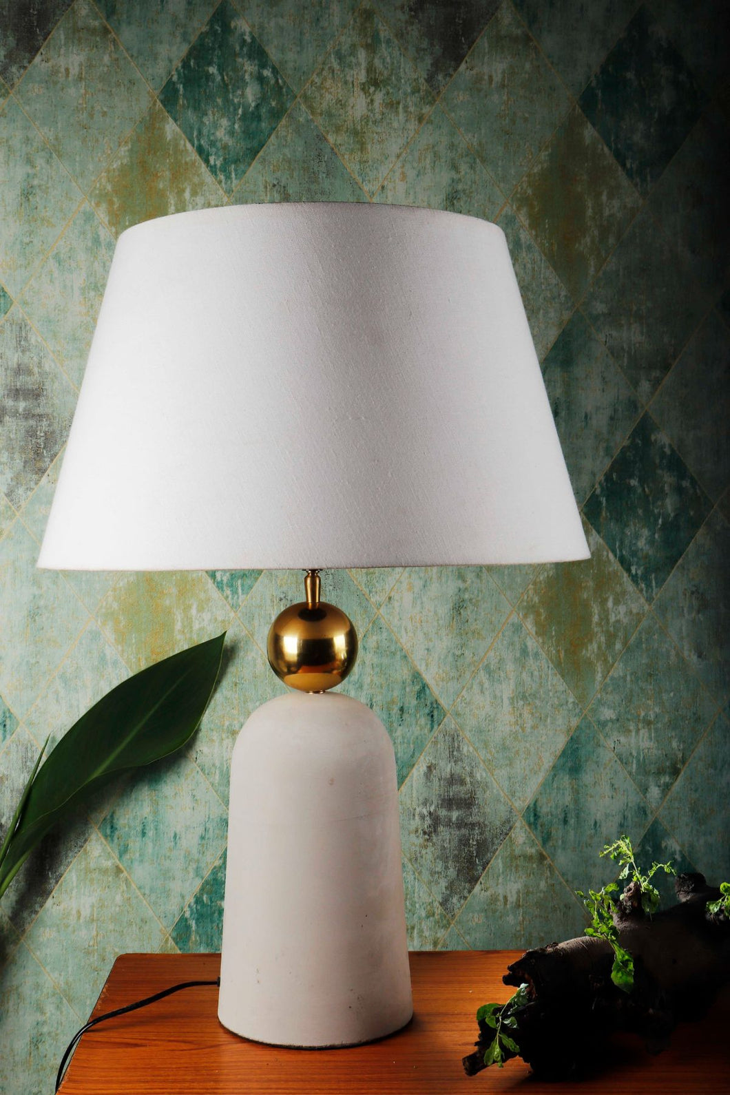Golden Egg Table Lamp with 2 [WHITE, BEIGE] Tapered Shade