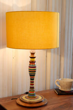 Load image into Gallery viewer, Splendid Table Lamp with 3 [YELLOW, BLACK, BROWN] Shade