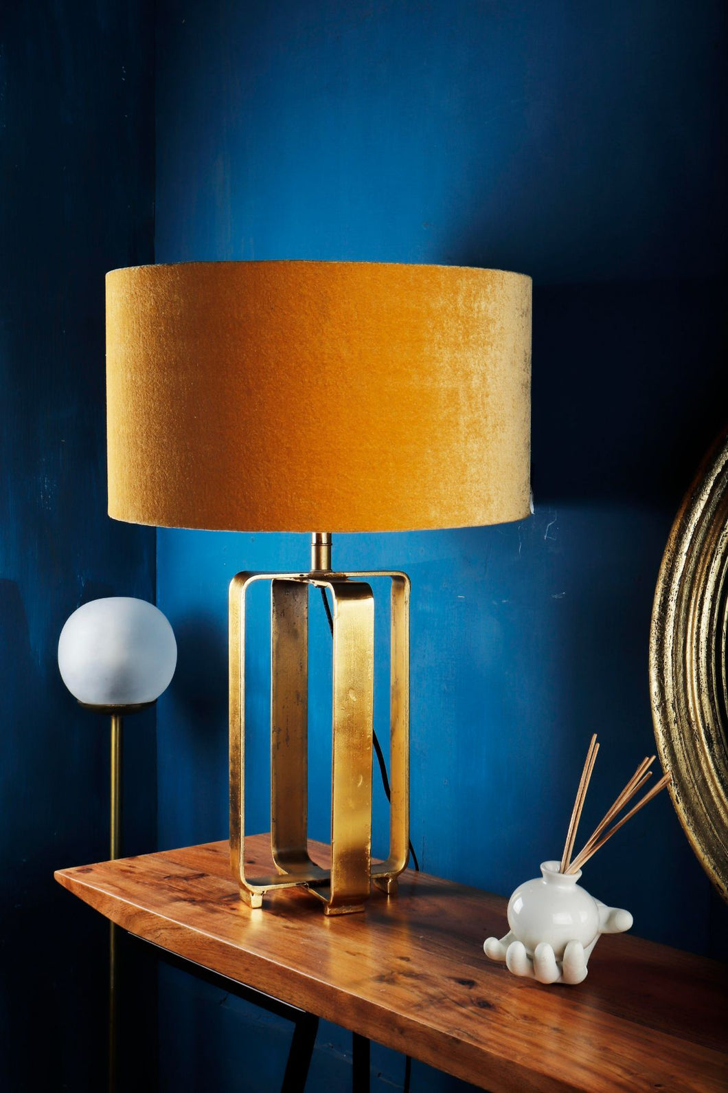 Golden Cross Table Lamp with 2 [YELLOW, OLIVE GREEN] Lampshade