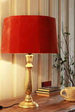 Load image into Gallery viewer, Chirpy Gold Table Lamp