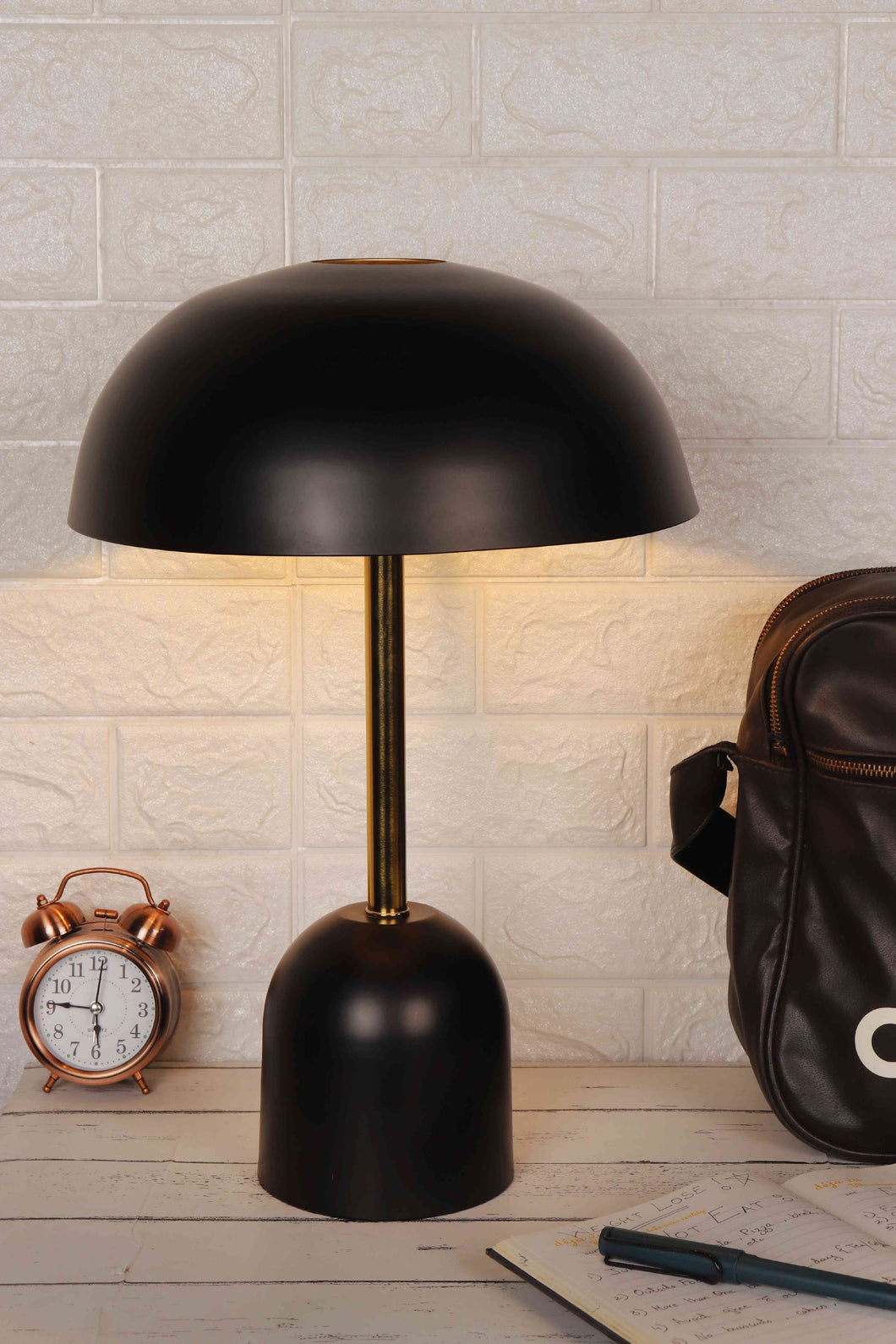 Black Metal Shade Mushroom Man Study Lamp