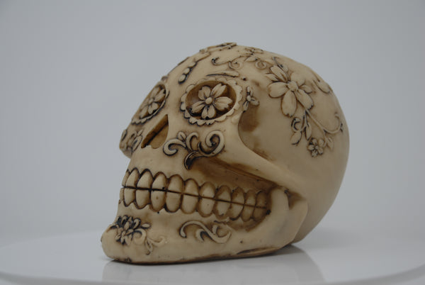 (SK11) Resin Skull with Flowers