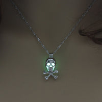 Skull w/ Cross Bones Necklace - Glow in the Dark Bead Inside