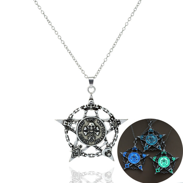 Skull with Large Star Necklace - Glow in the Dark