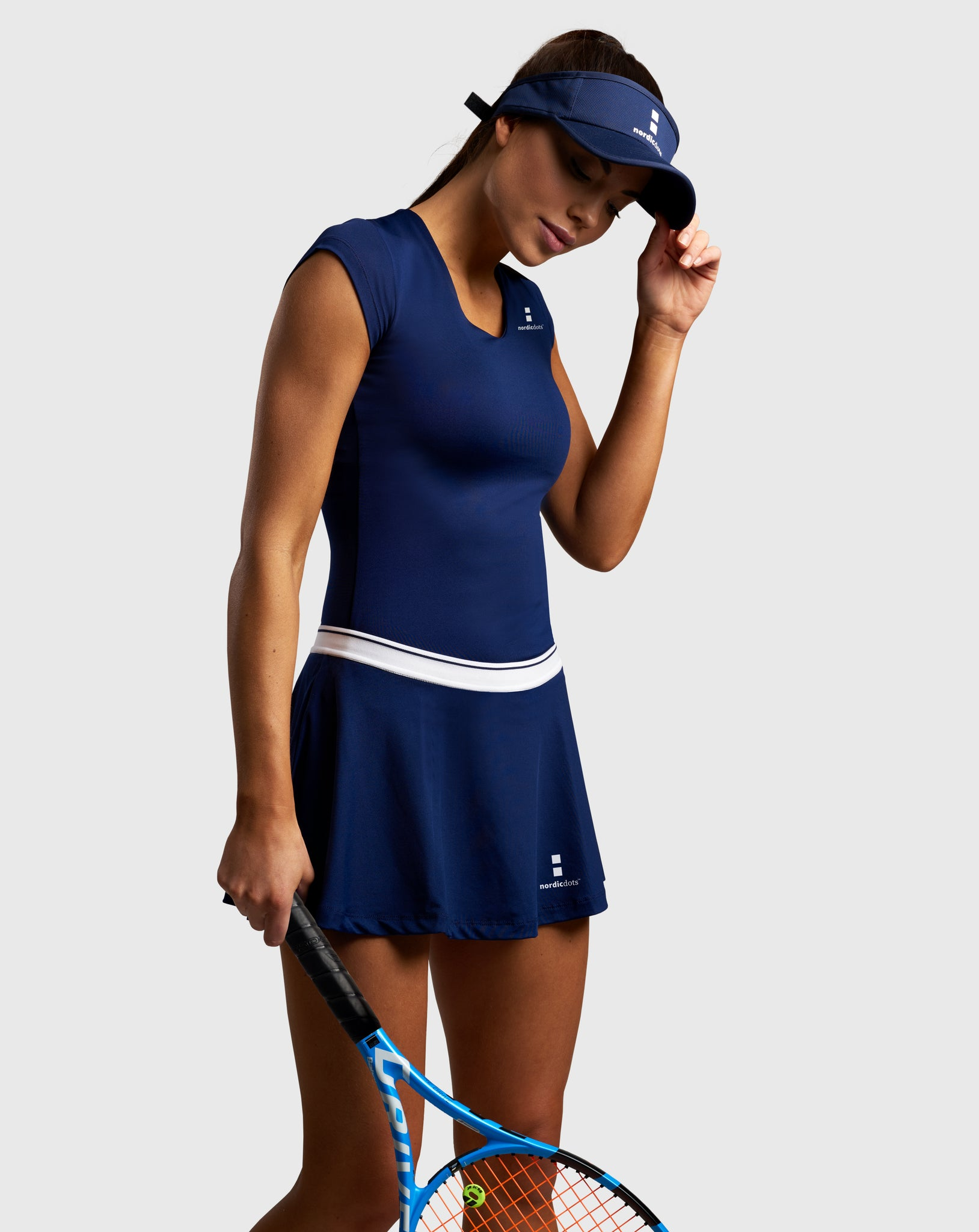 nordicdots tennis woman shop skirt t-shirt beautiful model and tennis player navy blue color