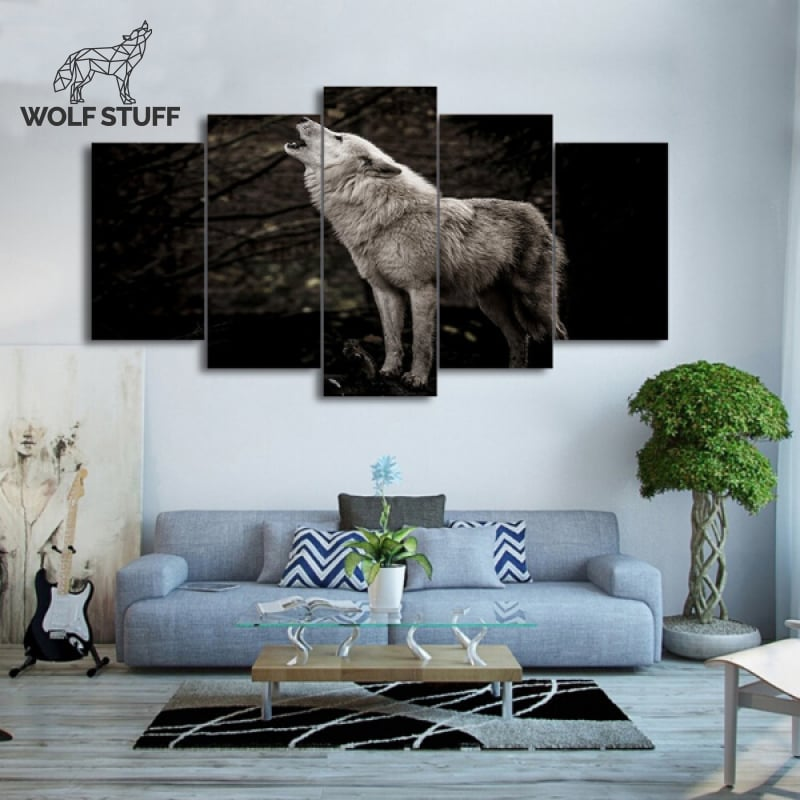 Wolf at night painting