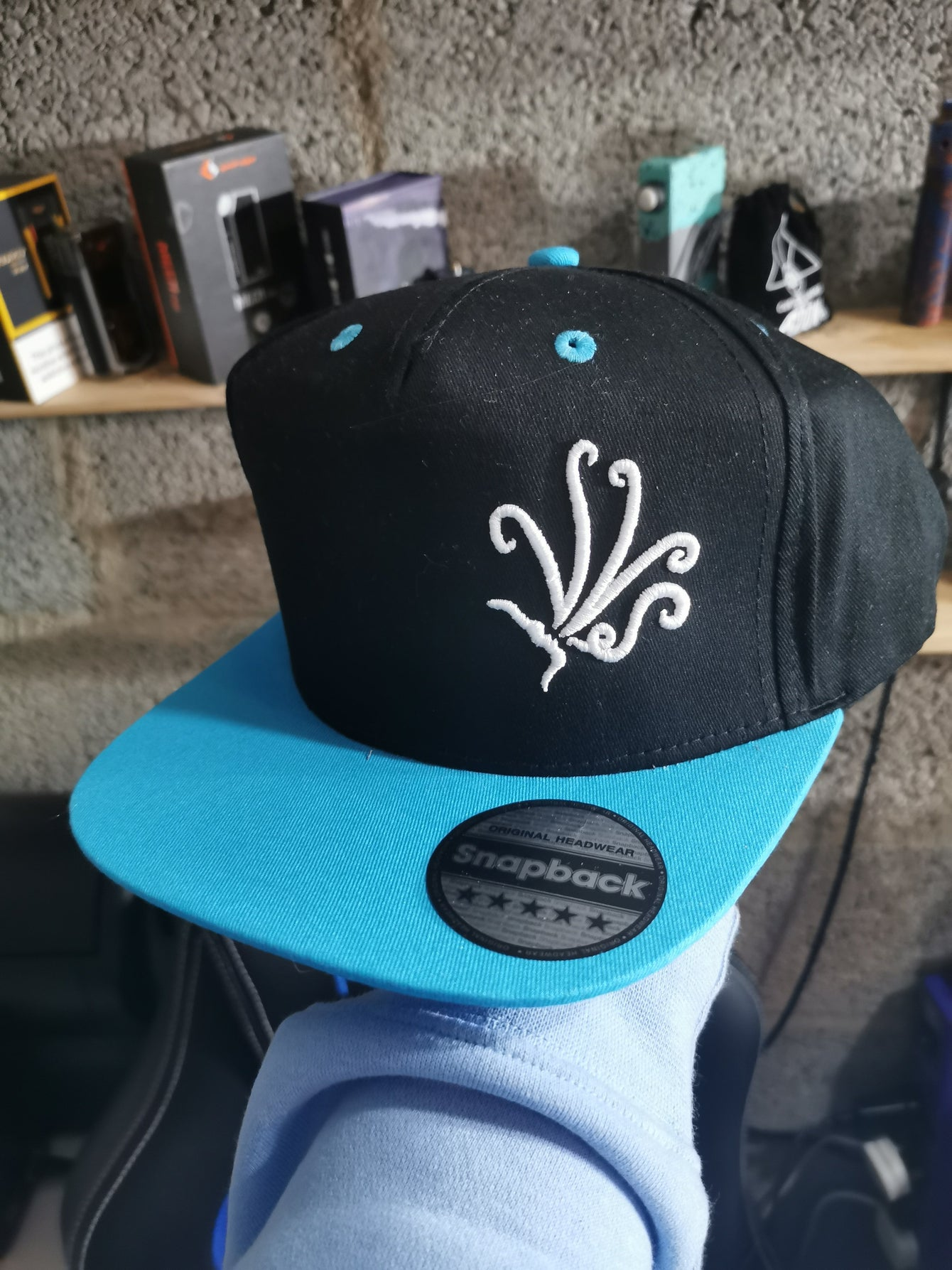 VVS colour snapback - blue Peak - The Vape Vape Show