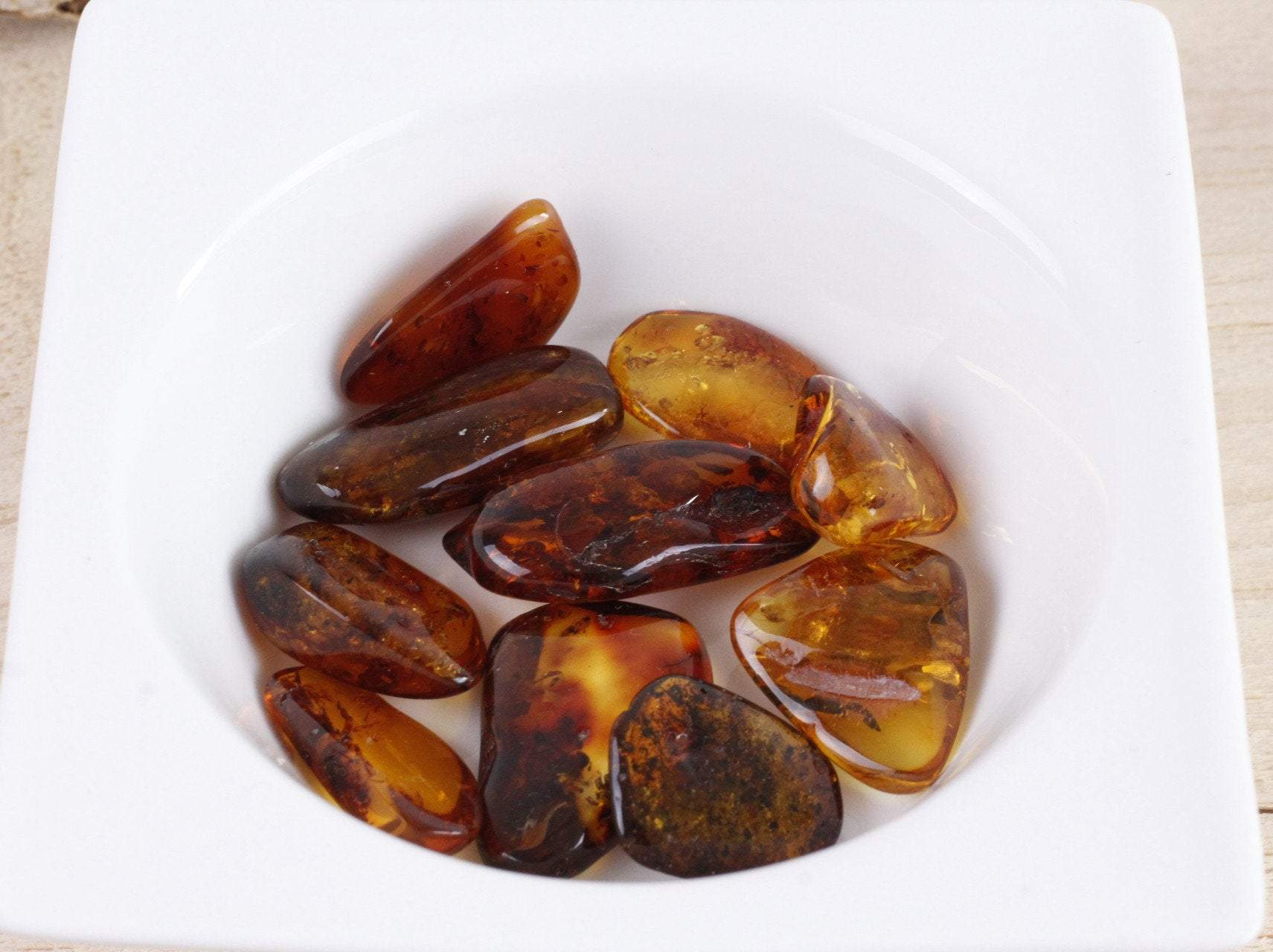 Amber Tumbled Stone - Weight 2g to 3g - Amber SOS