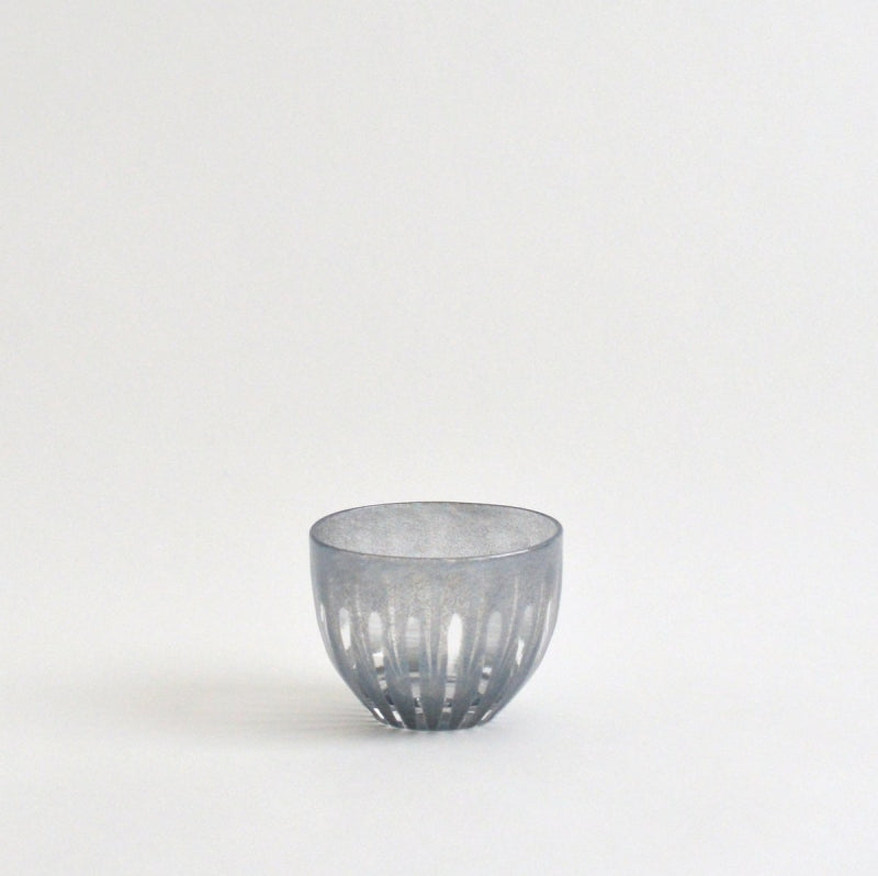 ren Tea cup for cold tea #06 (smoke gray) ; HiroyGlassStudio