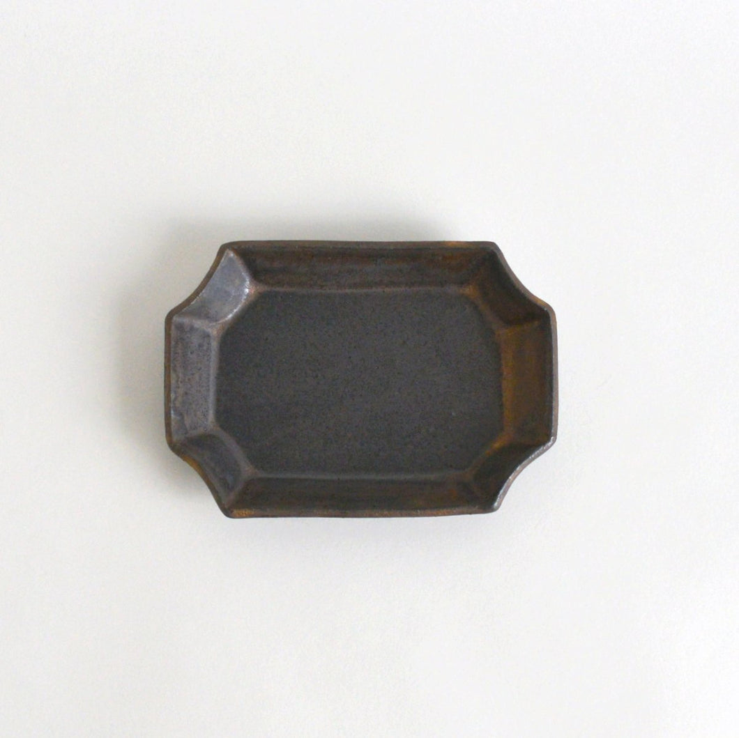 Rectangle Plate S (Black Bronze) ; Wakako Senda