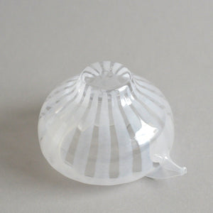 ren Lipped bowl S #04 (white) ; HiroyGlassStudio