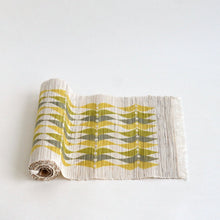 Load image into Gallery viewer, Linen table runner(leaf II;olive~khaki) ; Yuiko Kamiyama