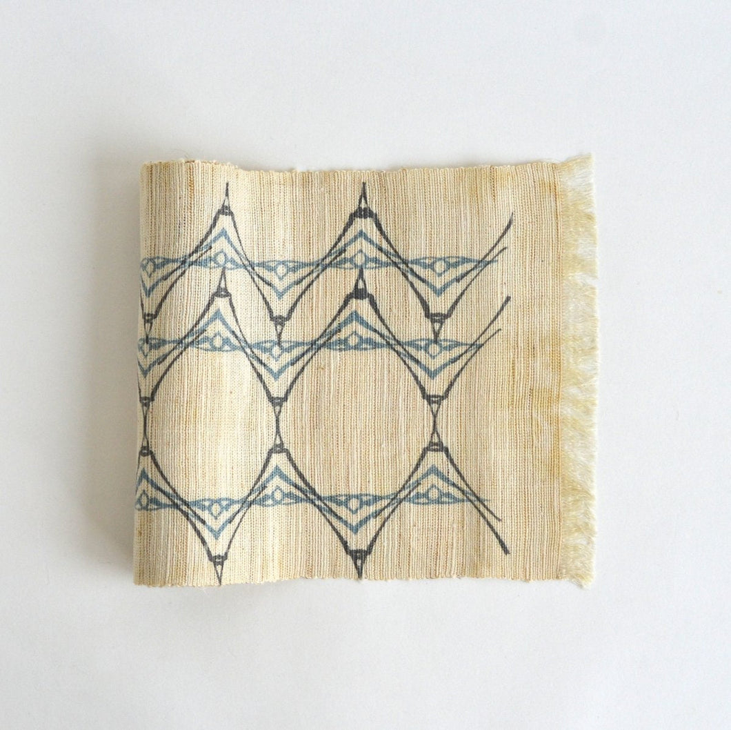 Linen table runner(wave;light blue~gray) ; Yuiko Kamiyama