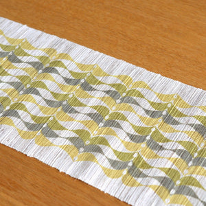 Linen table runner(leaf II;olive~khaki) ; Yuiko Kamiyama