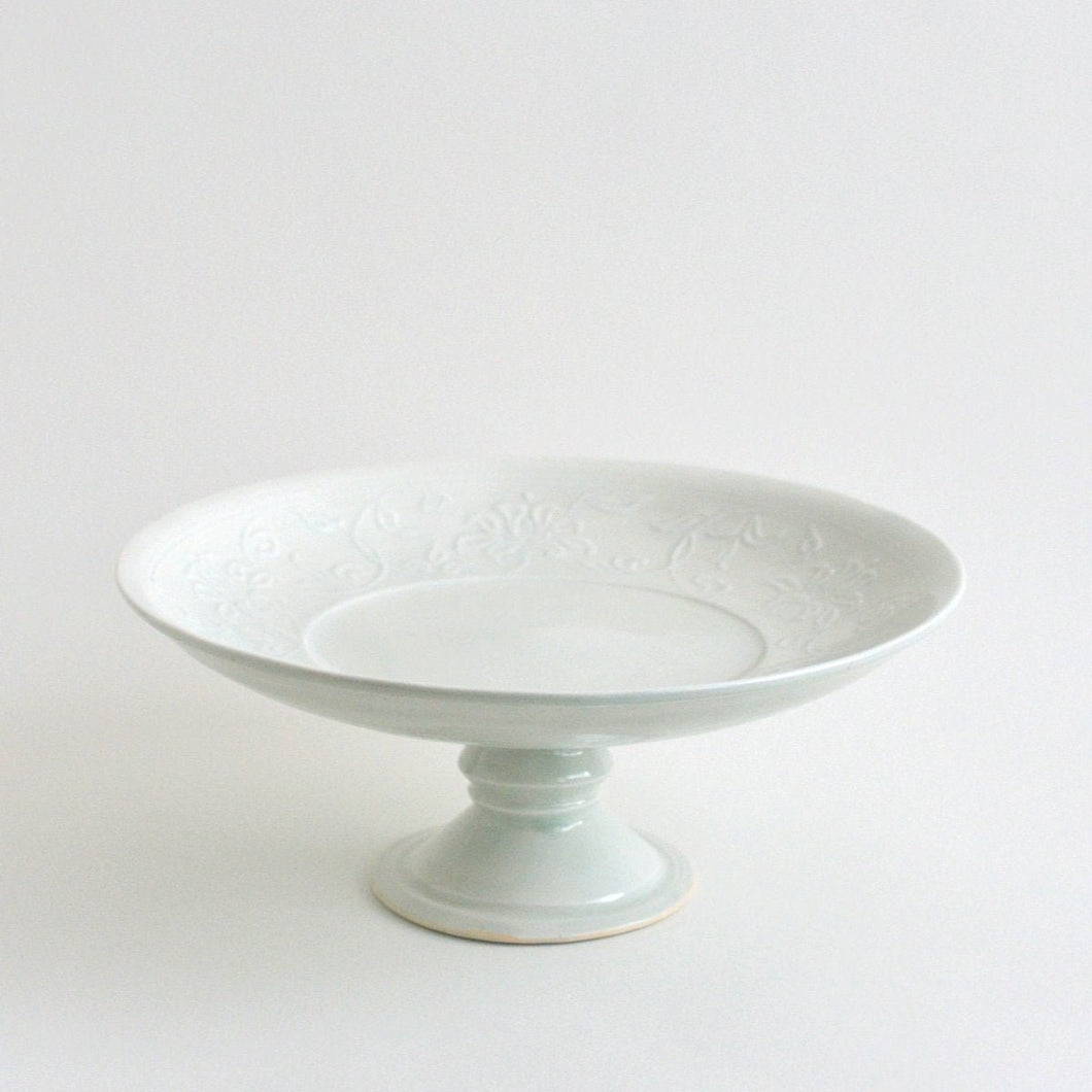 Fruits & Cake stand (white) ; Haruya Abe