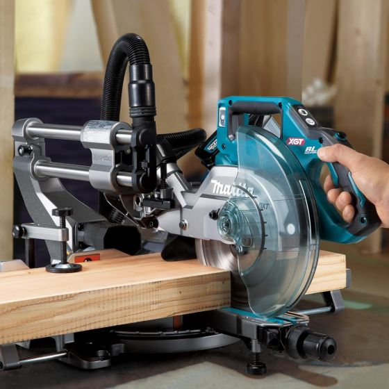Makita LS002GZ01 40v Max XGT Slide Compound 216mm Mitre Saw Body Only