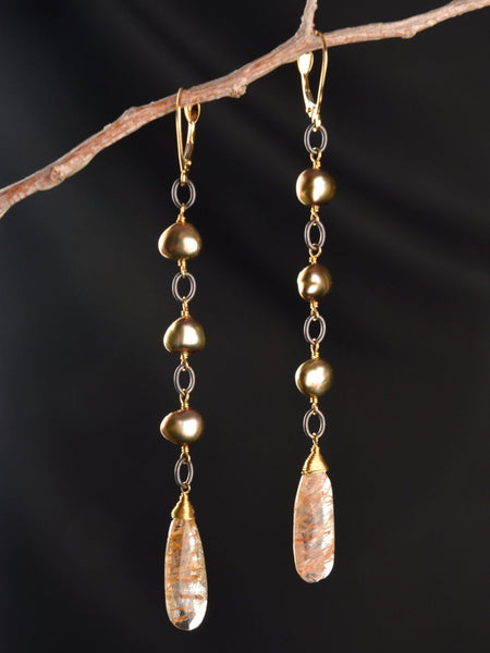 Solar Return 18kt Vine Earring