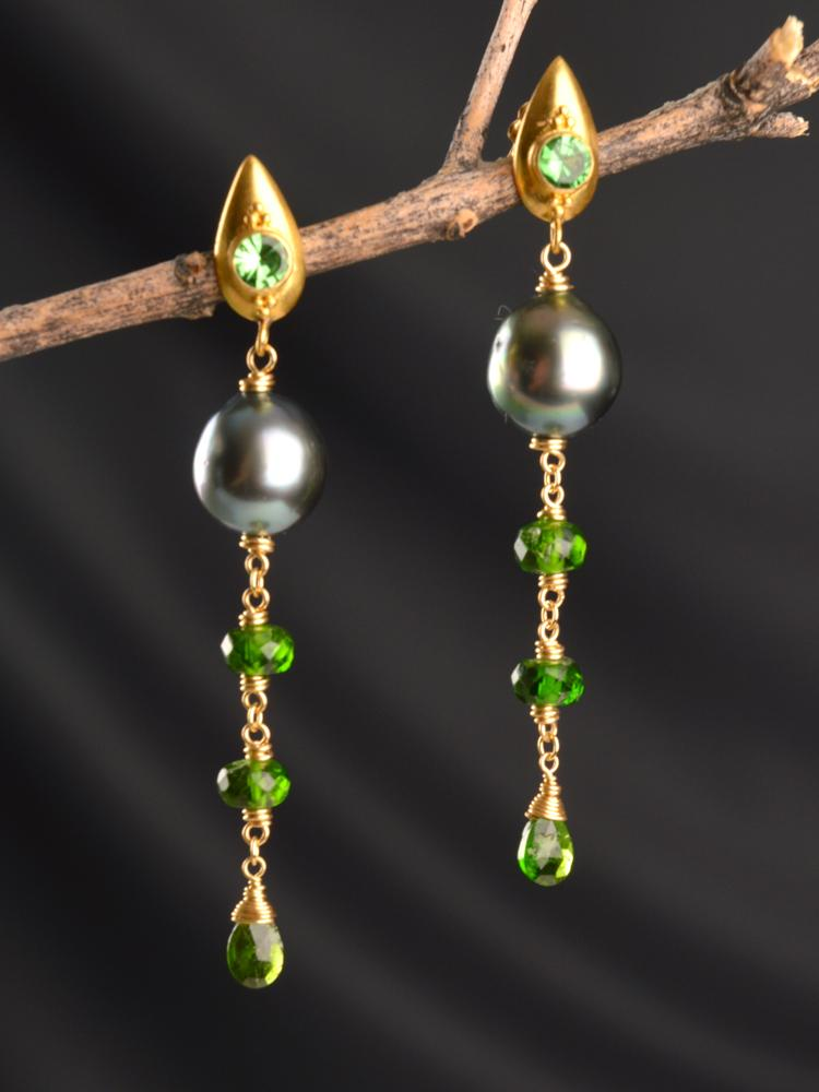 Medeina 18kt Drama Earrings